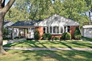 C201304-Real-Estate-2013-FTB-Des-Plaines-home