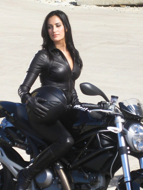 Motorcycle Jacket For Women The Types of Materials of Motorcycle Jackets