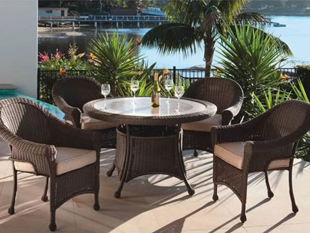 large34 How to Refurbish Your Outdoor Living Space