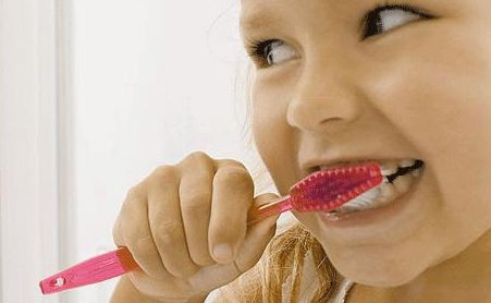 How To Get Your Kids Into Good Brushing Habits