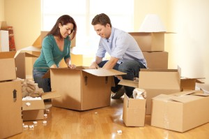 Couple moving house 1 300x199 How to Move House with Removal Companies